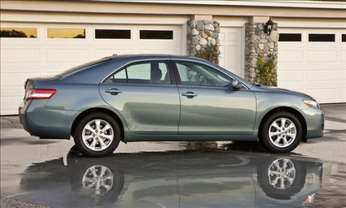 toyota camry 499x300 Top 10 Best Selling Cars in America
