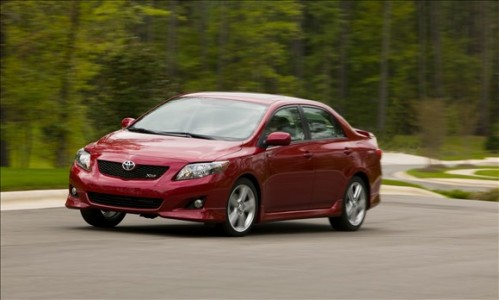 toyota corolla 499x300 Top 10 Best Selling Cars in America