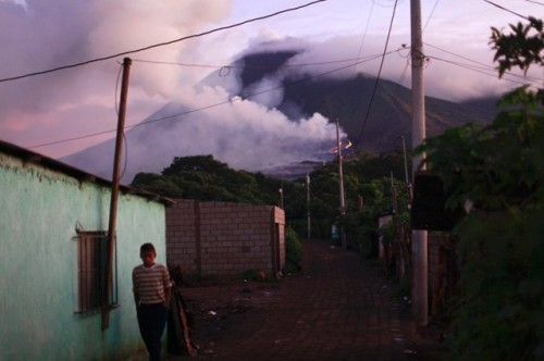 Pacaya volcano eruption 06