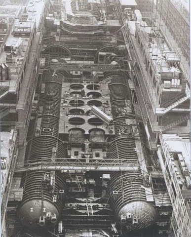 typhoon5 Photos of Russian Typhoon class nuclear submarine construction process