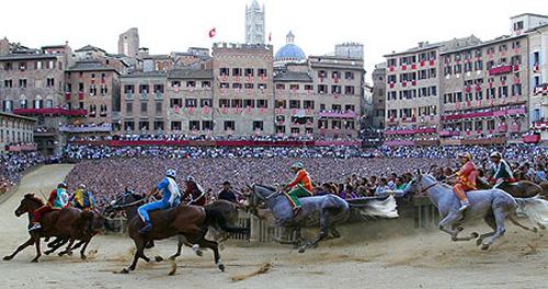 palio race07 Sienas Palio Horse Race