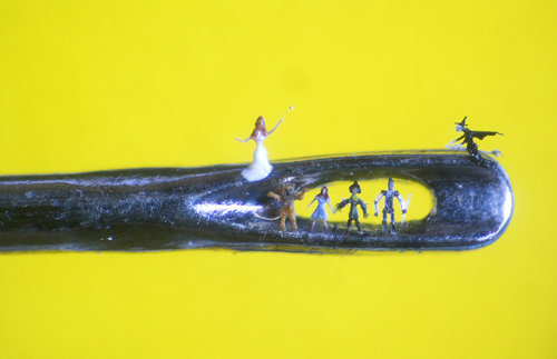 willard wigan01 Micro Artwork by Willard Wigan
