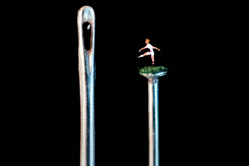 willard wigan18 Micro Artwork by Willard Wigan