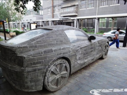 bmw brick03 500x375 BMW Made Out of Bricks