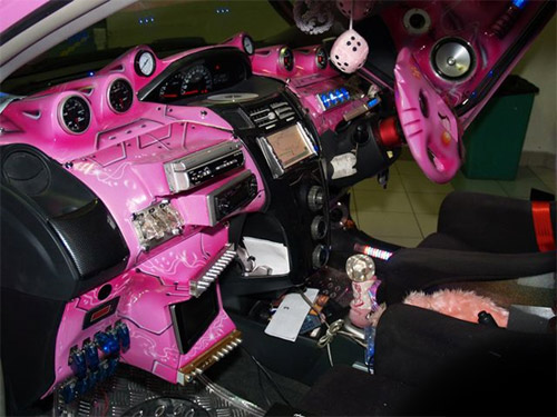 pink car Pimp My Car Interior