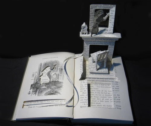 city in book art Impressive Book Sculptures and Cut out Illustrations