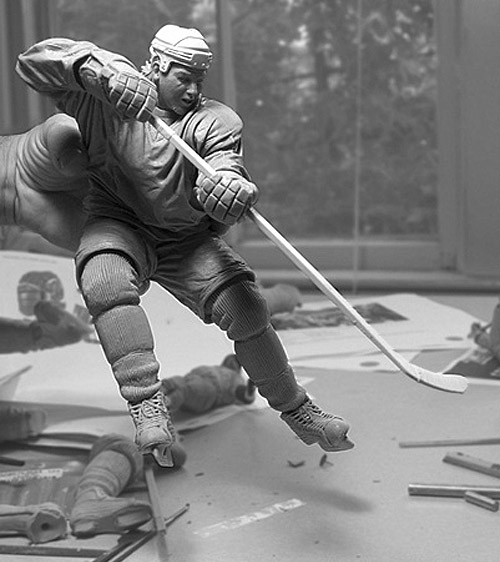 hockey player sculpture Delicate Sculptures Made From Special Material