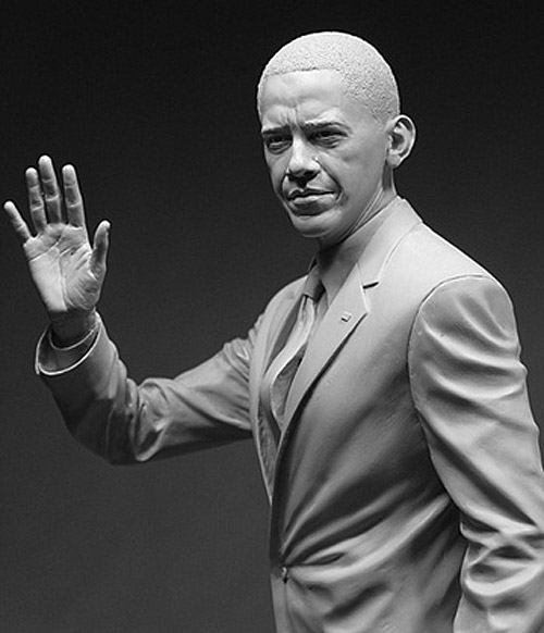obama waving sculpture Delicate Sculptures Made From Special Material