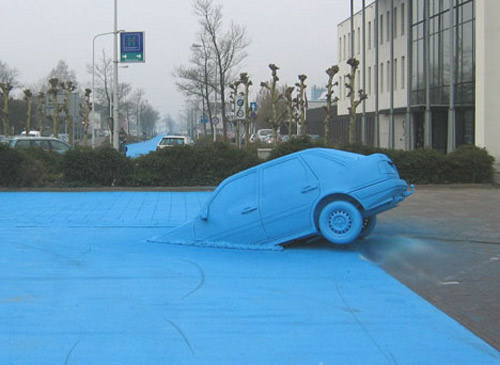 ble road and car Talented Painter Makes Incredible Art