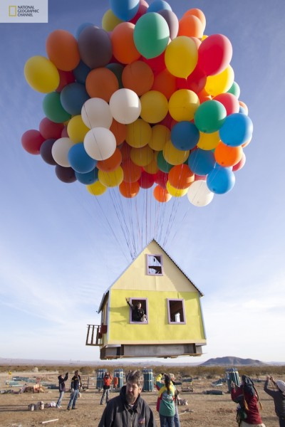 floating house02 Disney/Pixar's 'Up' created in real life