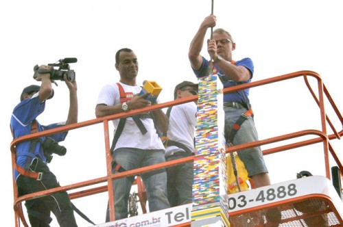 New world's tallest LEGO tower was built in Brazil
