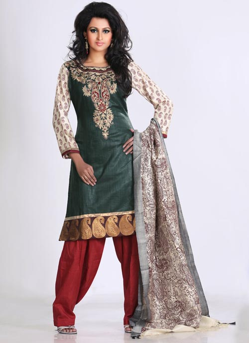 Salwar Kameez04 Salwar Kameez  unisex dress from South and Central Asia