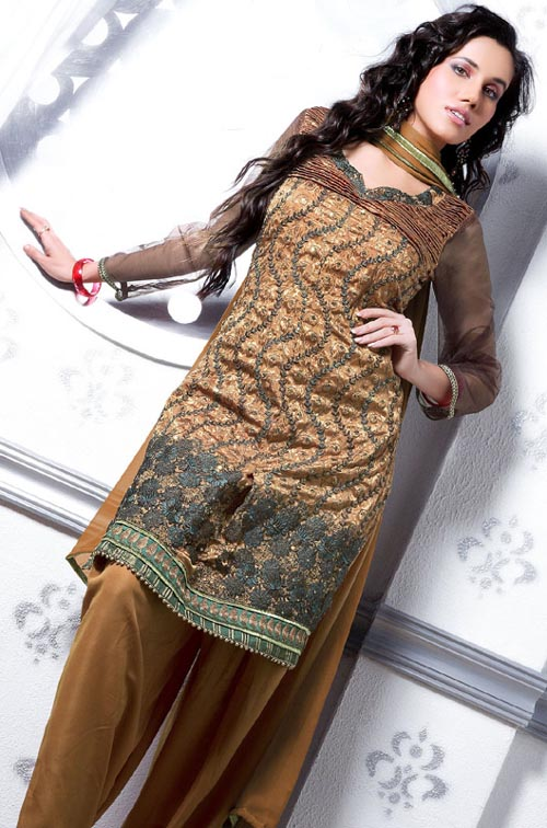 Salwar Kameez06 Salwar Kameez  unisex dress from South and Central Asia