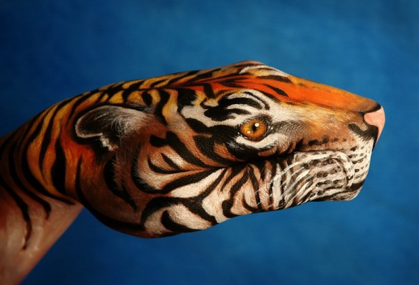 body art09 600x408 Amazing Body Arts by Guido Daniele