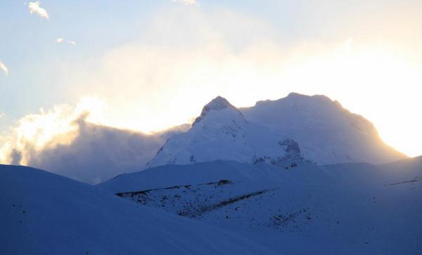Beautiful view of Mount Xixabangma