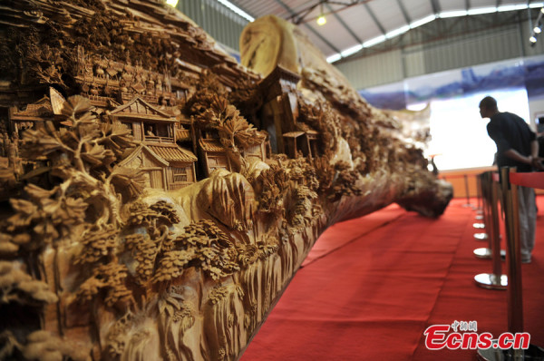 The world's longest wooden sculpture